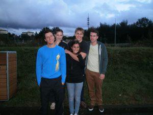 Jojo, Lea, Cagla, Julian und Oliver vor dem Start in Hilden 2012