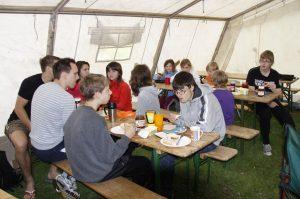 Zeltlager 2011, Frühstück im Großzelt