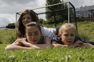 Zeltlager 2012, So lässt es sich aushalten, schön relaxen im Gras