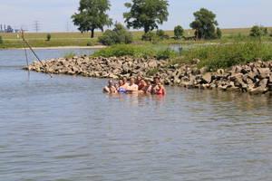 Zeltlager 2017 Schwimmen im Rhein